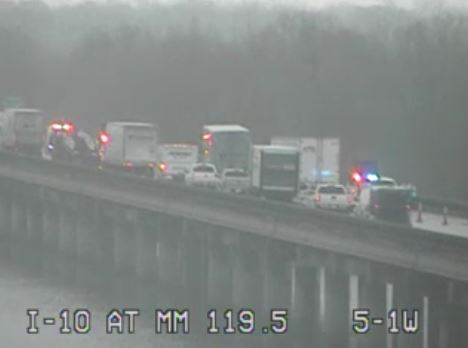 Traffic Slowed on I-10 East Due to Single Vehicle Crash - News15 |  Lafayette, LA
