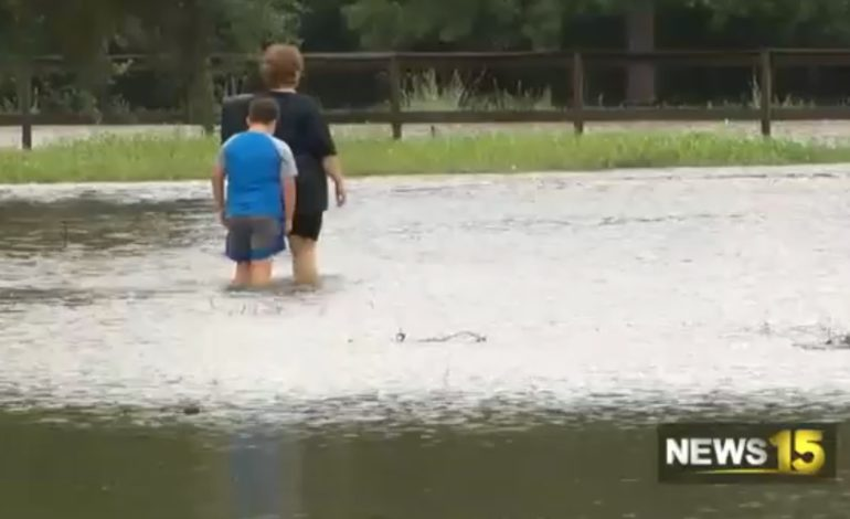 Youngsville neighborhood floods, families get out safely