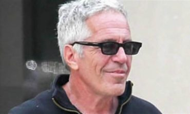 Warden of Manhattan jail where Jeffrey Epstein died is reassigned, 2 guards placed on leave