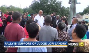 Community Rallies In Support Of Iberia Parish Judge Lori Landry