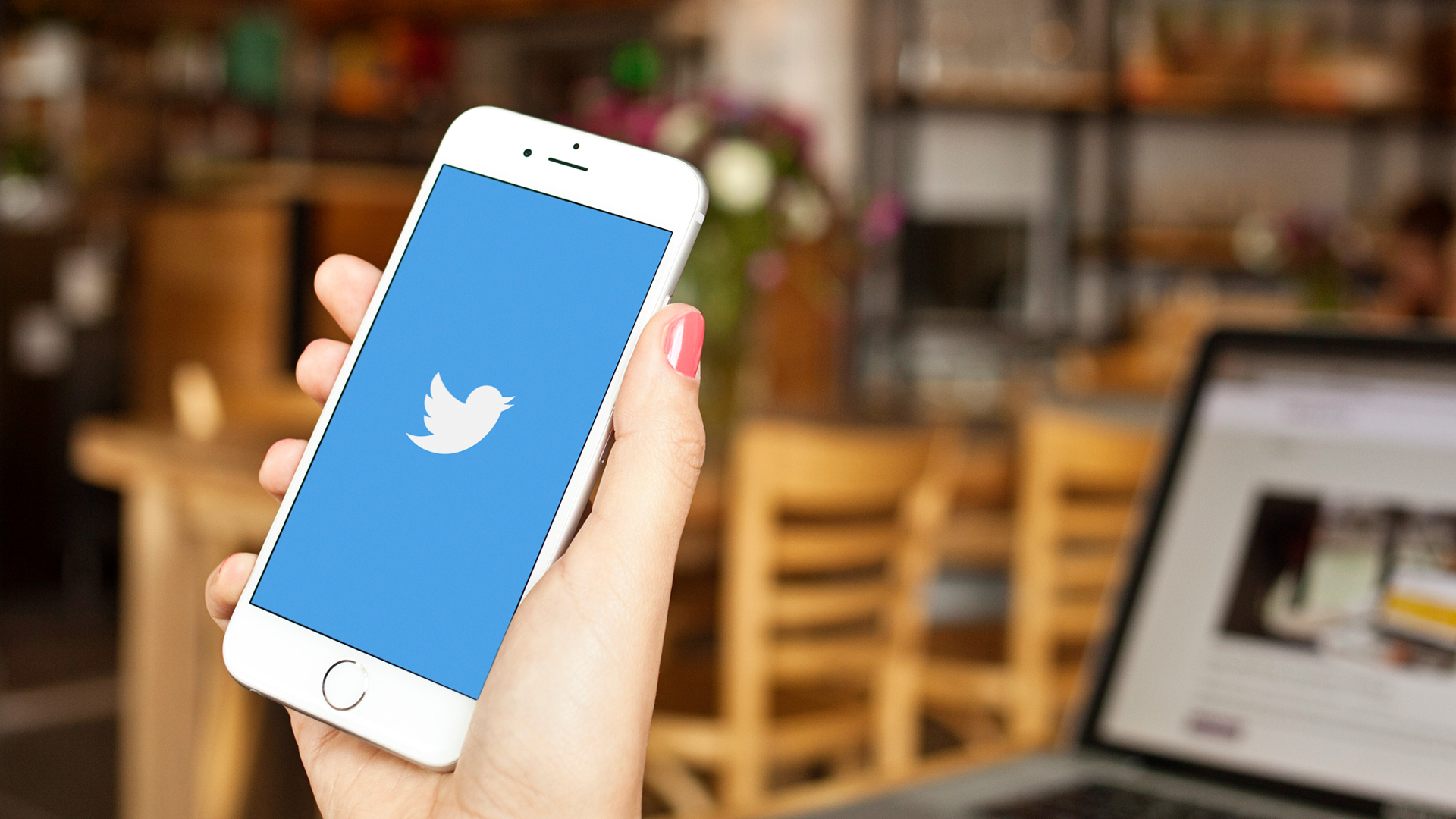 6 Simple Ways To Build Your Email List Using Twitter