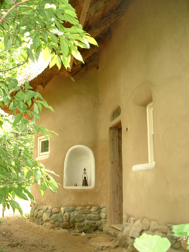 Entrance to the Strawbale Studio