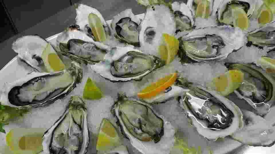 oysters as a high quality protein source