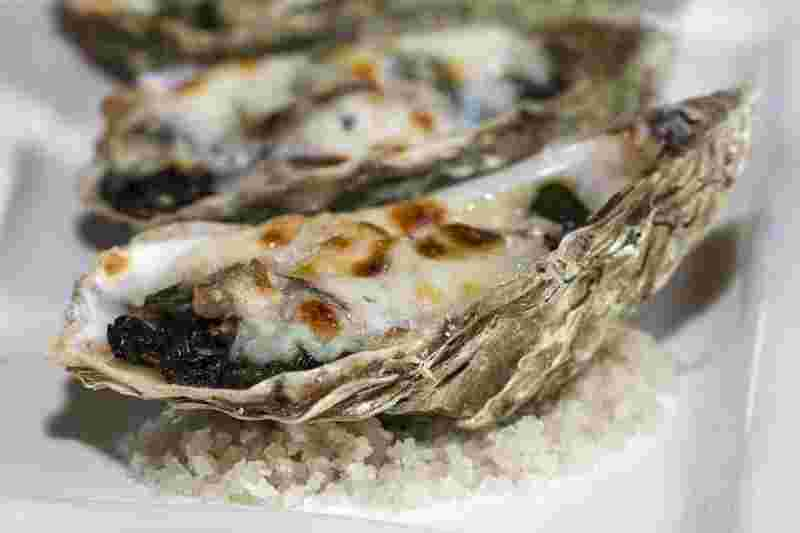oysters as a health food with tons of vitamins and minerals