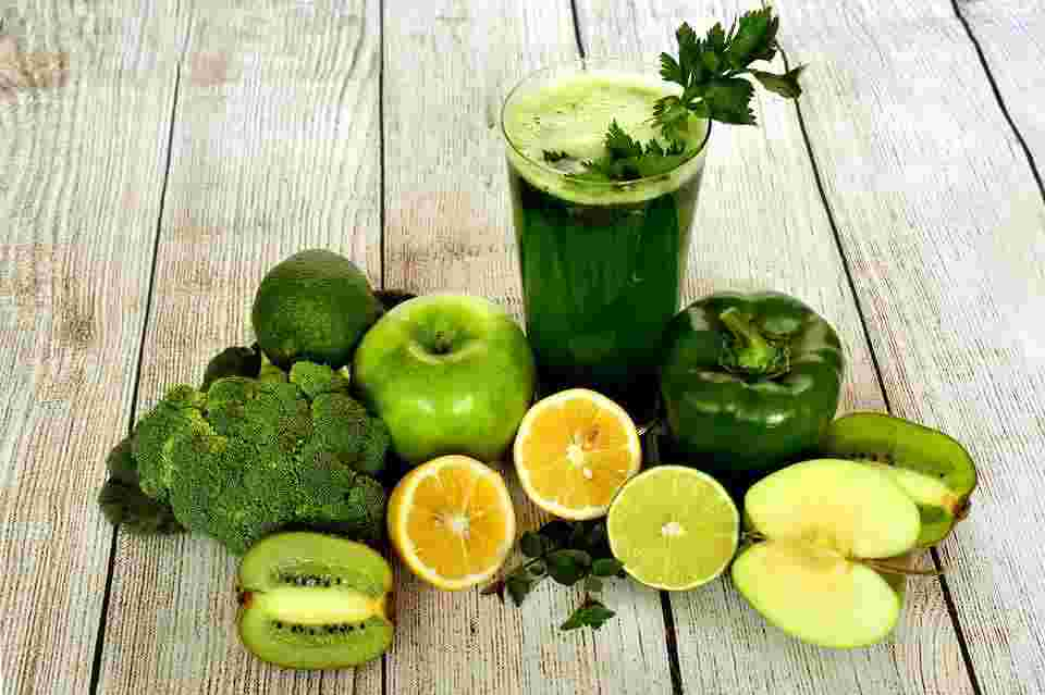 vegetable juice, which cannot support BMR long-term on any diet