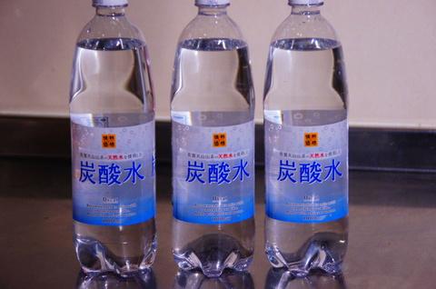 市販の炭酸水