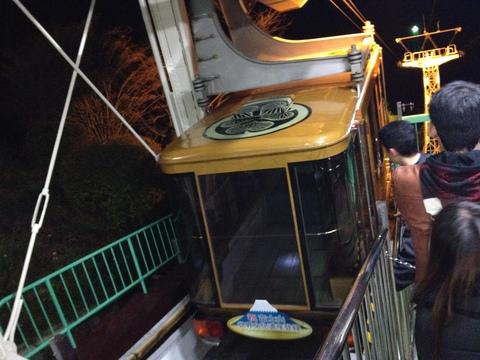久能山神社へのロープウェイは0時から運行される