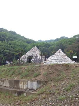 太陽公園ピラミッド 中も入れる