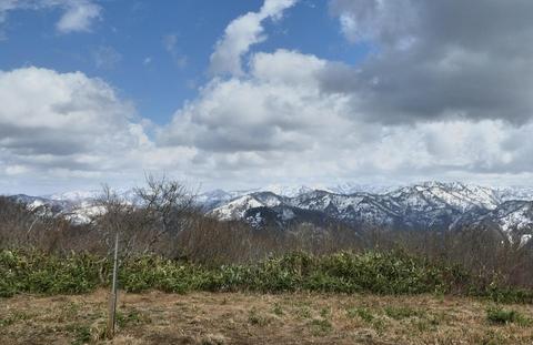 奥獅子吼山頂上は360度のパノラマ展望