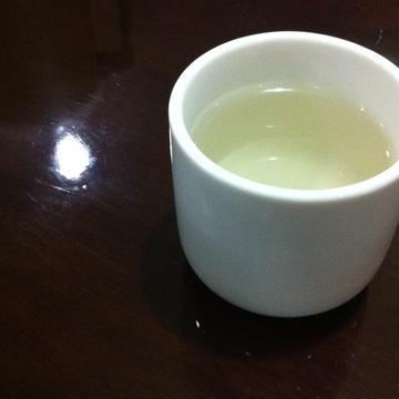 食後のサービス ジャスミン茶