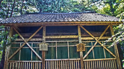 2重構造の赤蔵神社本殿