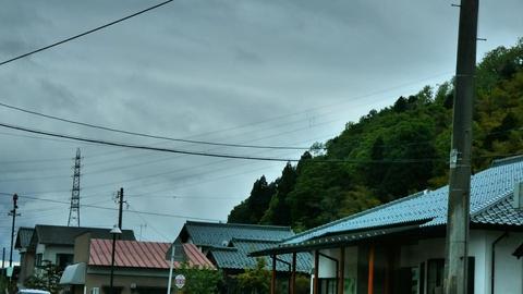 乙坂山東側に降りてきている