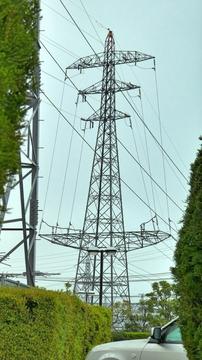 松岡変電所のドラキュラ鉄塔