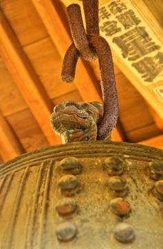 竹に虎」の釣り鐘 自由につける