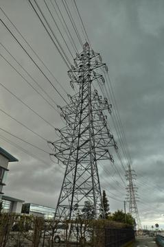 増泉線2番・長坂線2番・西金沢線2番。迫力の9回線
