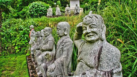 中国風の羅漢像