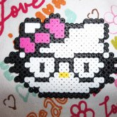Hello Kitty Nerd 8)