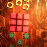 Perlerbead Pink And Black Tic Tac Toe Game