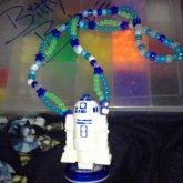 R2D2 Necklace (glow)