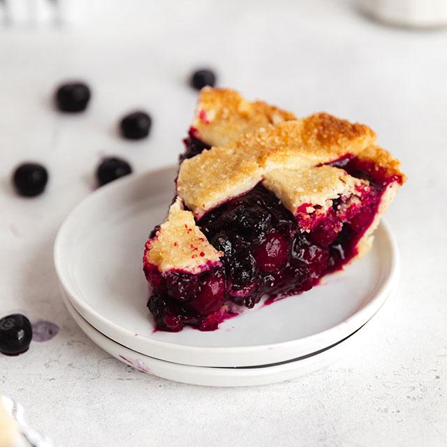 CranBlueberry Pie