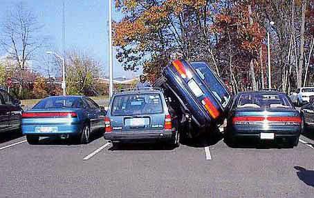 Alerta! (3) «Normas de sentido común dentro de un parqueo:»
