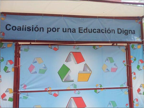 Normal... En la Feria del Libro 2012.