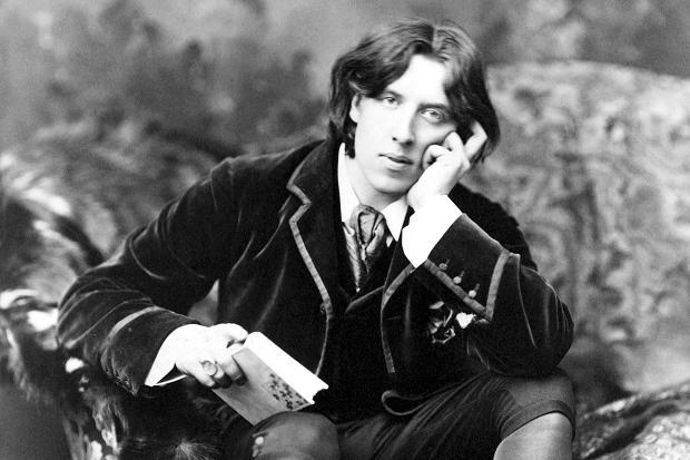 4 datos que debes saber sobre Oscar Wilde.