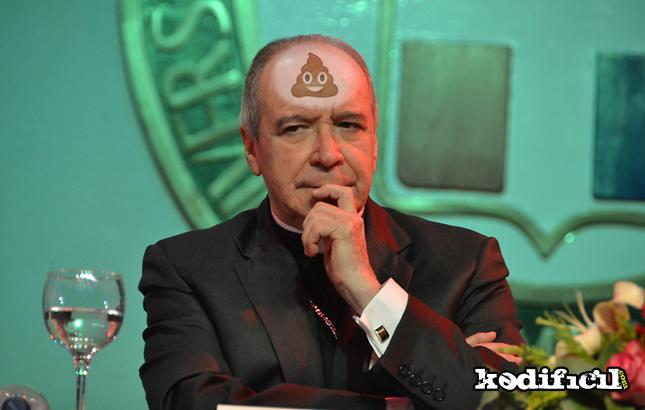 El Cardenal le dice al embajador Brewster que se ocupe de su casa como señora que es