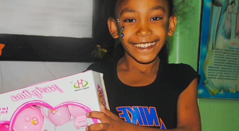El Juguetazo, un juguete por una sonrisa