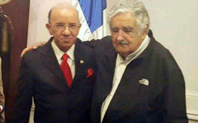 Pepe Mujica con Amable Aristy Castro
