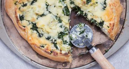 Spinach artichoke dip pizza 3