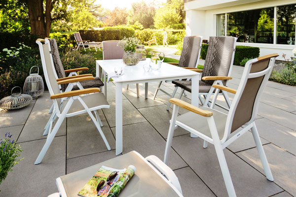 Aluminum is a versatile light metal that is the ideal material for outdoor  furniture use. In spite of its light weight, it is extremely strong. - Aluminum Patio Furniture Aluminum Chaise Lounge & Stack Chairs