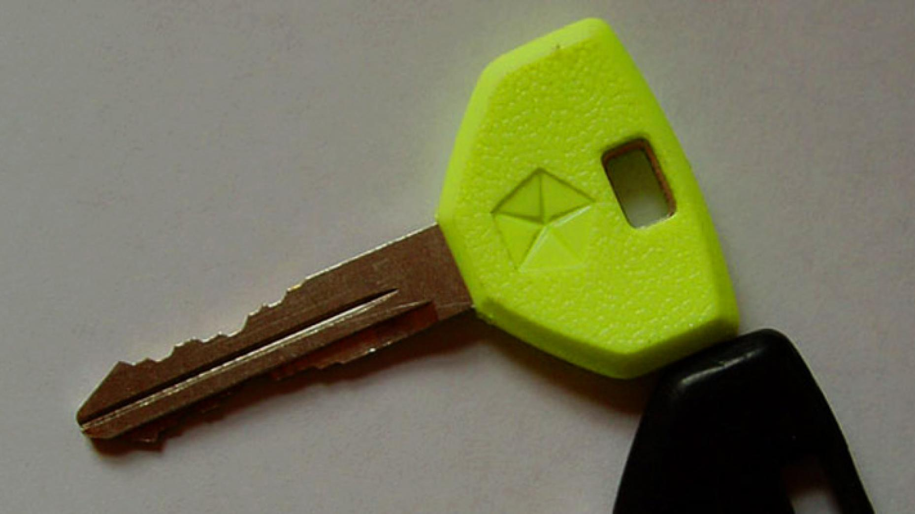 Chrysler Neon Glow In The Dark Car Key