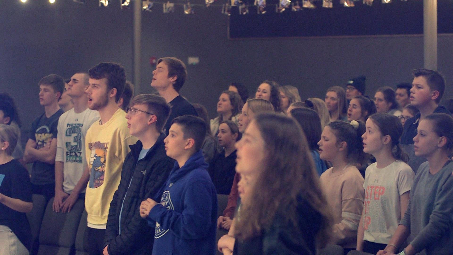 worship photo youth