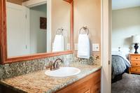 SE20thAve Bathroom