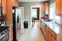 SE20thAve Kitchen02