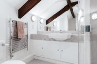ParlourResidence Bathroom02