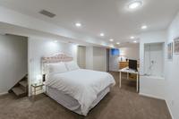 E21Street Bedroom03