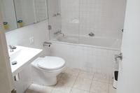FlintonStreet Bathroom