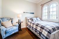NorthBronson1 Bedroom02