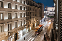 Hotel External   Piazza Venezia   Via del Corso