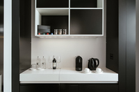 kitchenette (only executive and luxury)