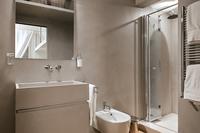 CrossingCorso Bathroom04