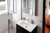 AvenueduGéndeGaulle Bathroom