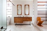 HollyCourt Bathroom04