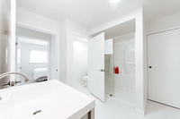 PlayaDelRey Bathroom