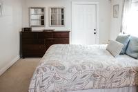 LouisvilleStreet Bedroom02