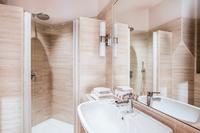 ViaGiuseppiPisanelli Bathroom