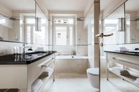 ViaGiuseppiPisanelli Bathroom02