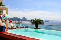 Penthouse_Copacabana_5_Suites_Pool